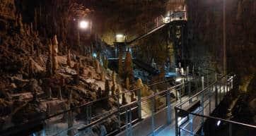 Okinawa World caves